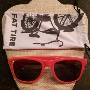 Accessories - NWOT Fat Tire New Belgium Brewery sunglasses